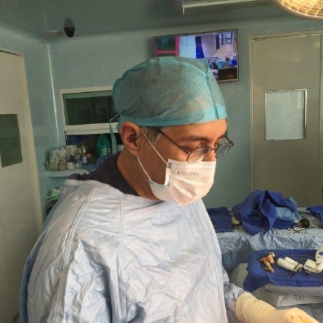 Dr Eduardo Blancas